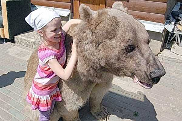 girl-with-bear (5)
