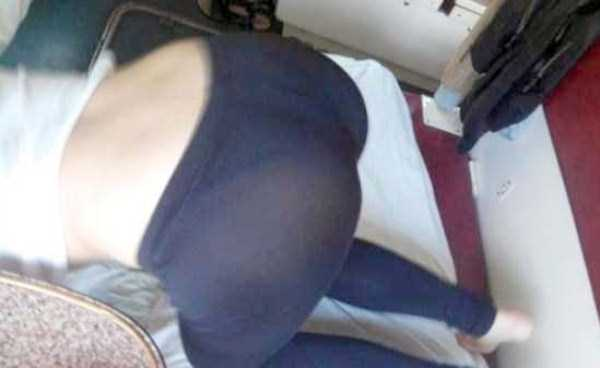 hot-russian-girls-in-trains (35)