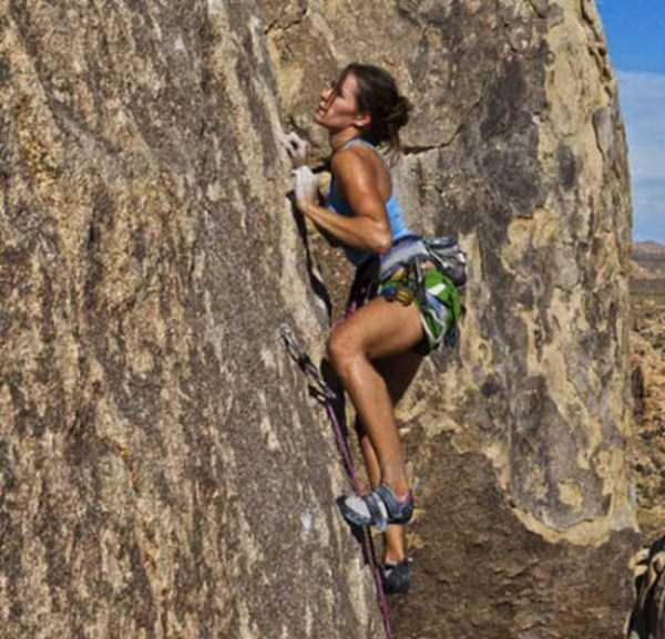 hot-sexy-rock-climbing-girls (11)