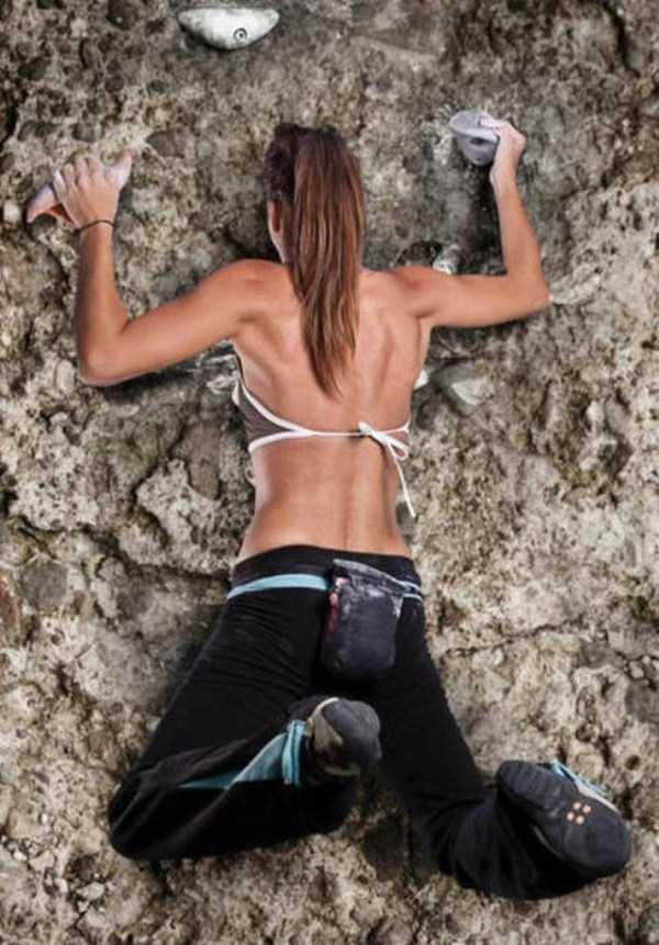 hot-sexy-rock-climbing-girls (16)