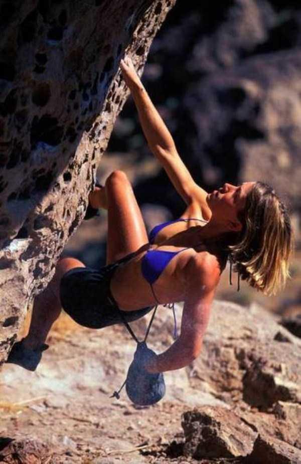 hot-sexy-rock-climbing-girls (2)
