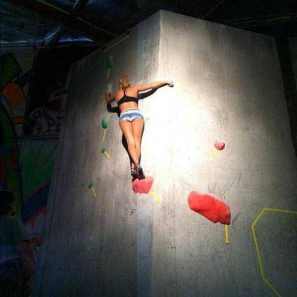 hot-sexy-rock-climbing-girls (21)