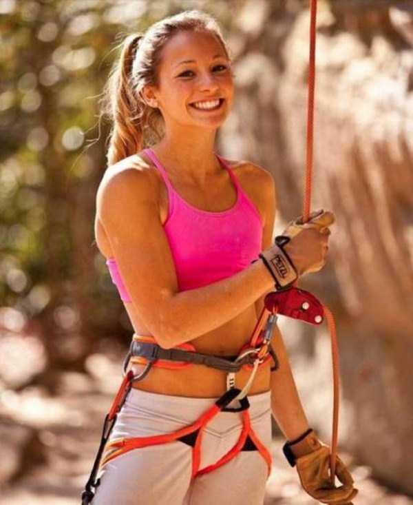 hot-sexy-rock-climbing-girls (5)