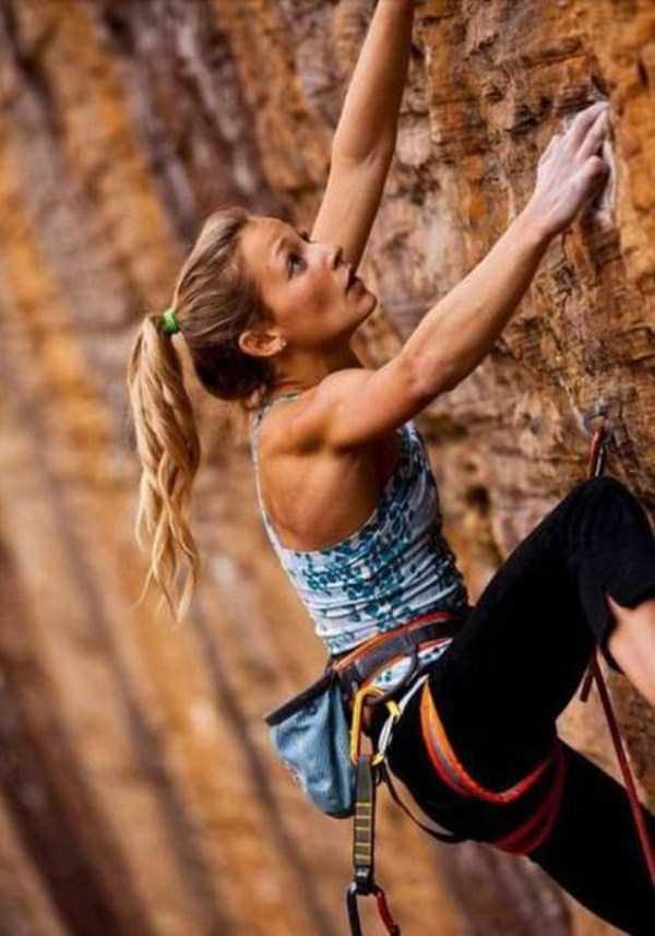 hot-sexy-rock-climbing-girls (7)