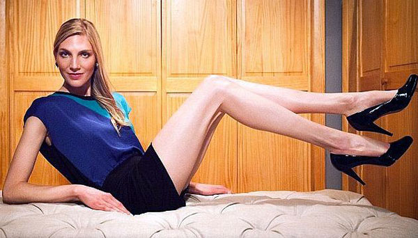 lauren-williams-longest-legs-in-america--(10)