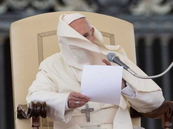 the-pope-and-the-wind (1)