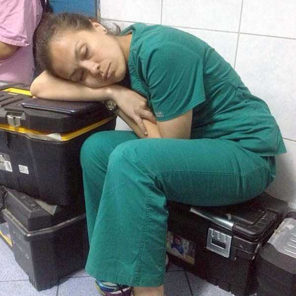 tired-medical-staff (12)
