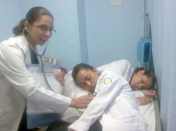 tired-medical-staff (32)