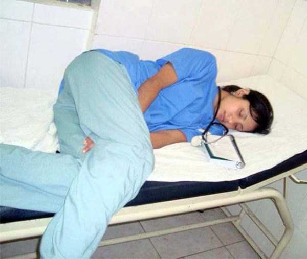 tired-medical-staff (5)