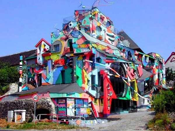 weird-architecture (15)