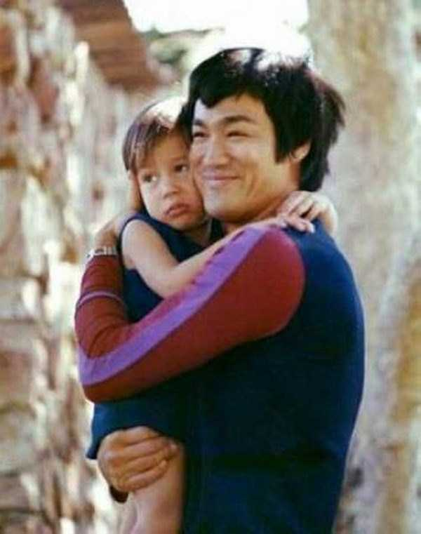 young-bruce-lee-photos (1)
