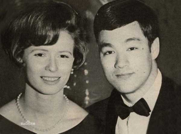 young-bruce-lee-photos (3)