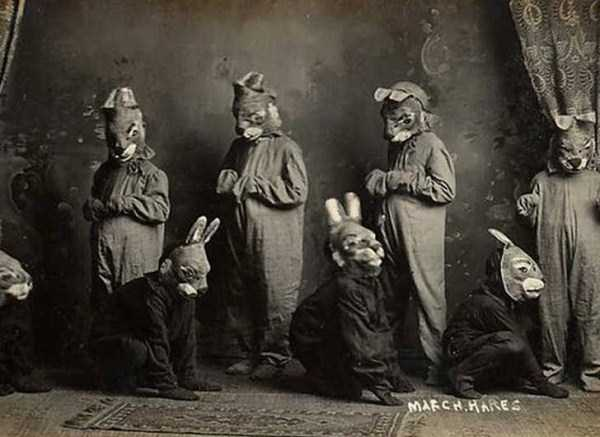 creepy-bizarre-vintage-pictures (10)