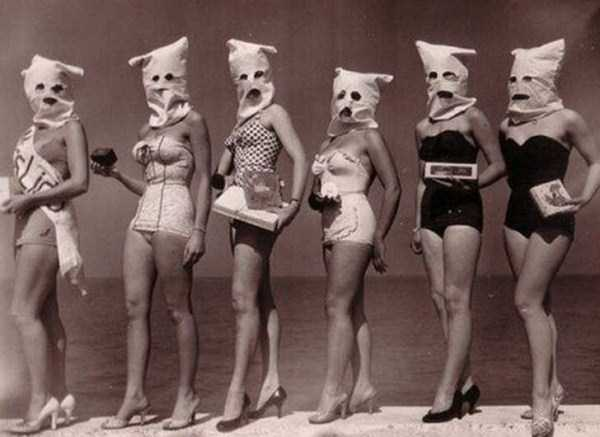 creepy-bizarre-vintage-pictures (17)