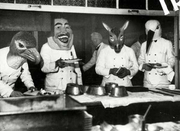 creepy-bizarre-vintage-pictures (8)