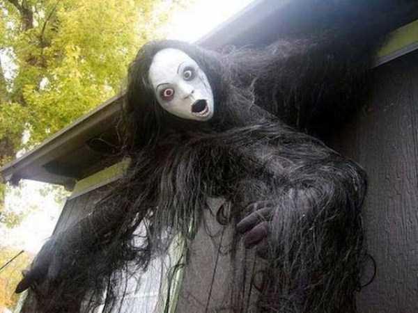 creepy-spooky-hallooween-decorations (1)