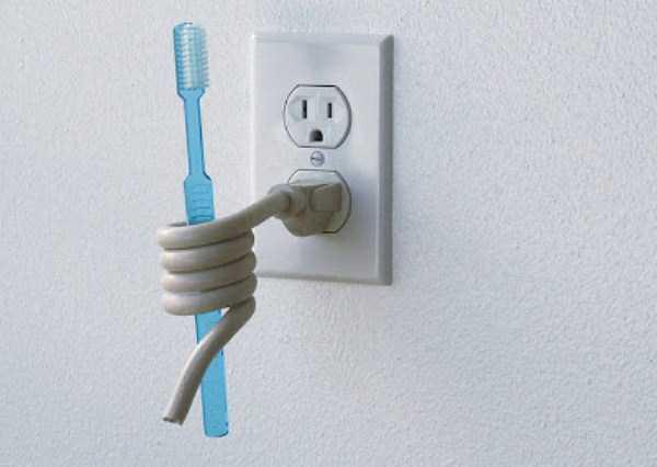 funny-unusual-Toothbrush-Holders (3)
