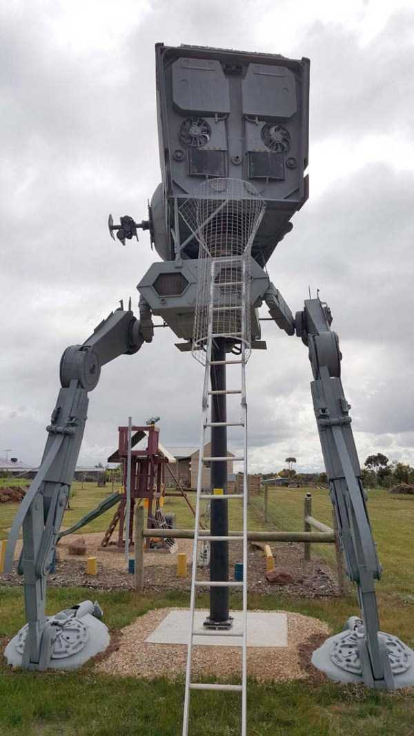 life-sized-Star-Wars-AT-ST-Walker (12)
