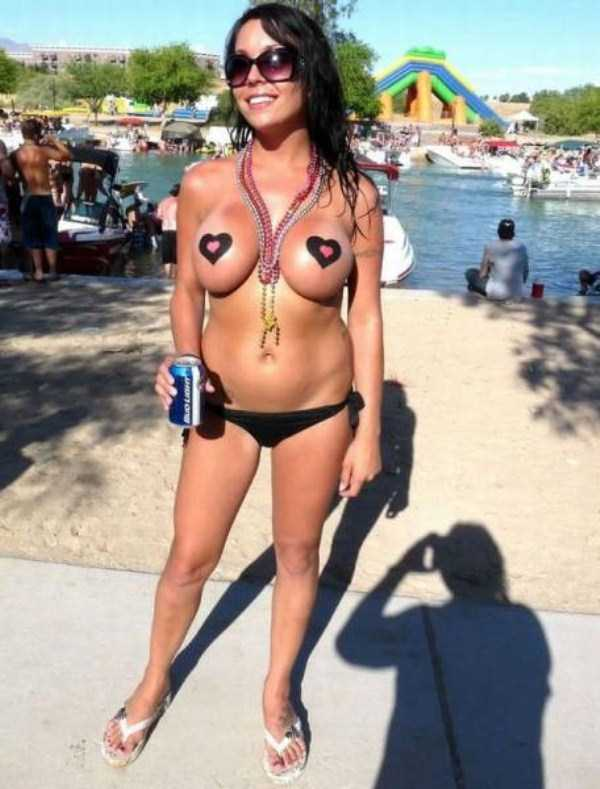 naked-bikini-chicks (7)