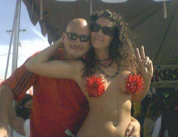 naked-hot-bikini-girls (33)