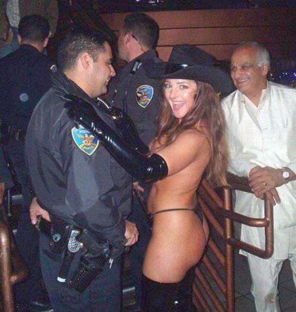 naked-hot-bikini-girls (50)