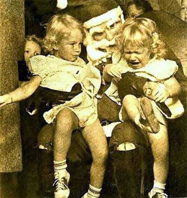awkward-santas-from-the-past (12)