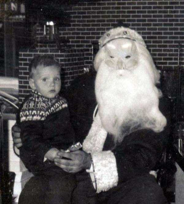 awkward-santas-from-the-past (19)