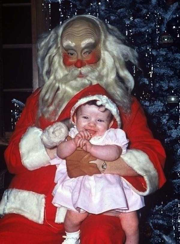 awkward-santas-from-the-past (3)