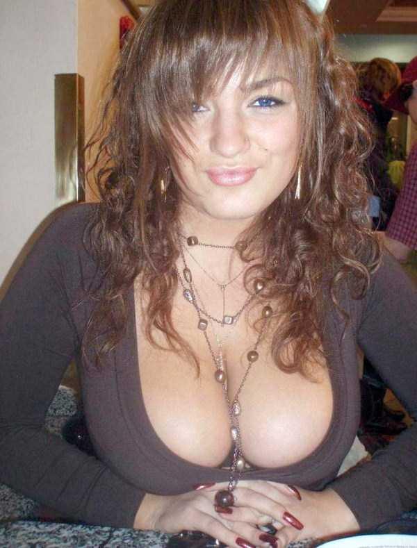 busty-girls (29)