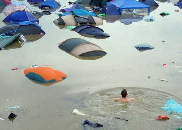 funny-camping-photos (5)