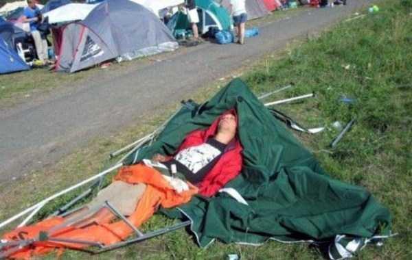 funny-camping-photos (9)