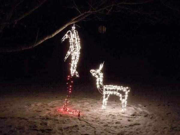 inappropriate-christmas-decorations-ornaments (8)