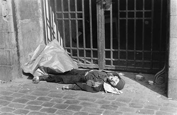 Warsaw-ghetto-1941 (17)