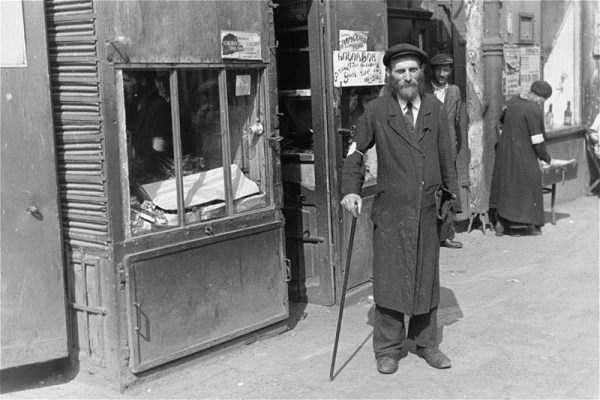 Warsaw-ghetto-1941 (21)