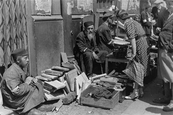 Warsaw-ghetto-1941 (22)