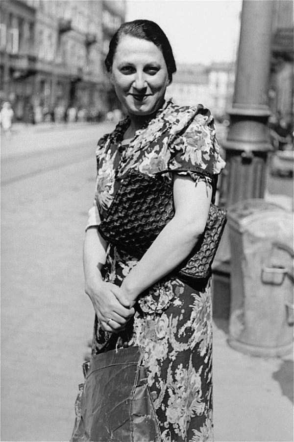 Warsaw-ghetto-1941 (26)