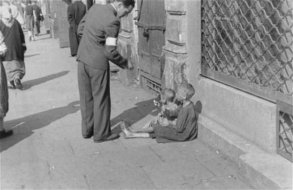Warsaw-ghetto-1941 (4)
