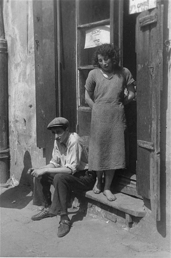 Warsaw-ghetto-1941 (5)