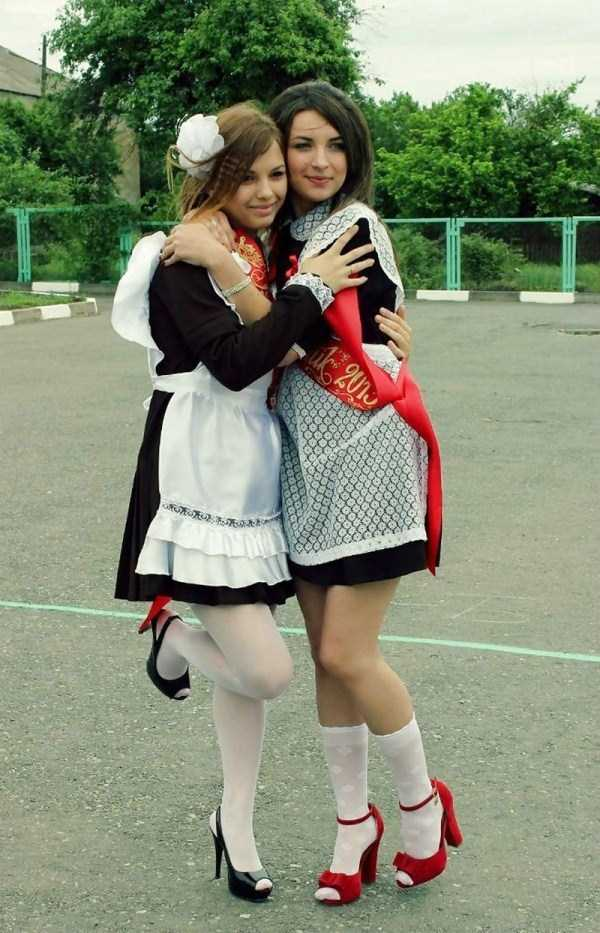 cute-russian-girls-in-sexy-school-uniforms (18)
