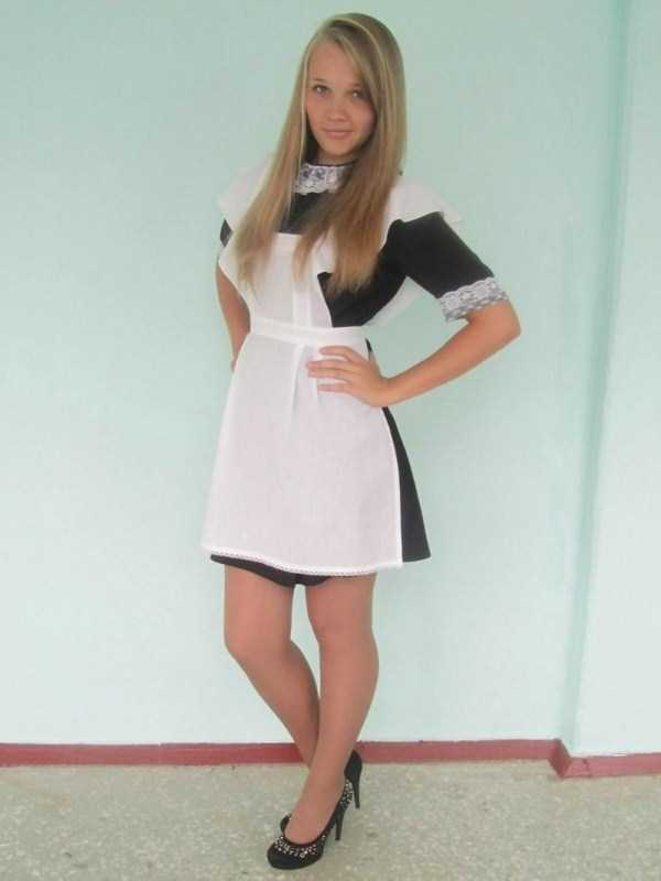 cute-russian-girls-in-sexy-school-uniforms (20)