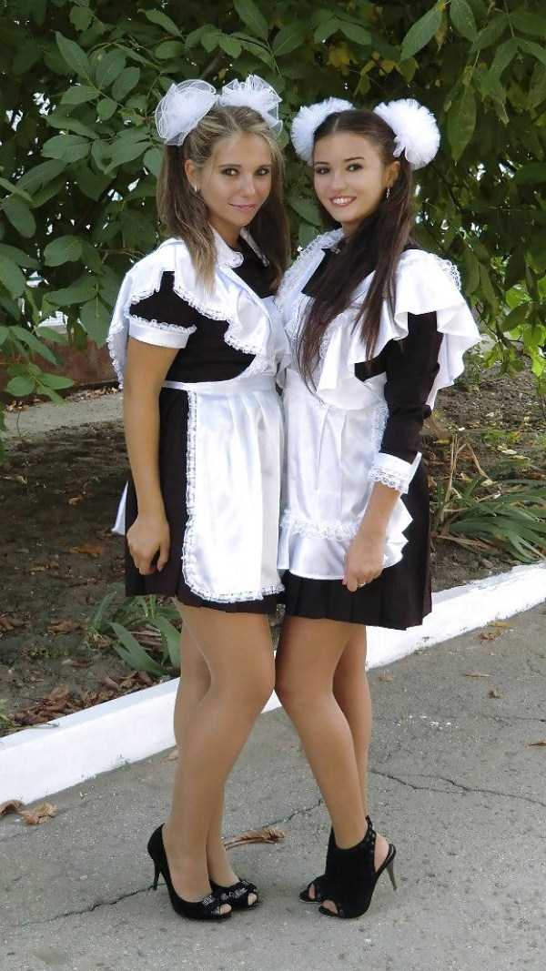 cute-russian-girls-in-sexy-school-uniforms (36)