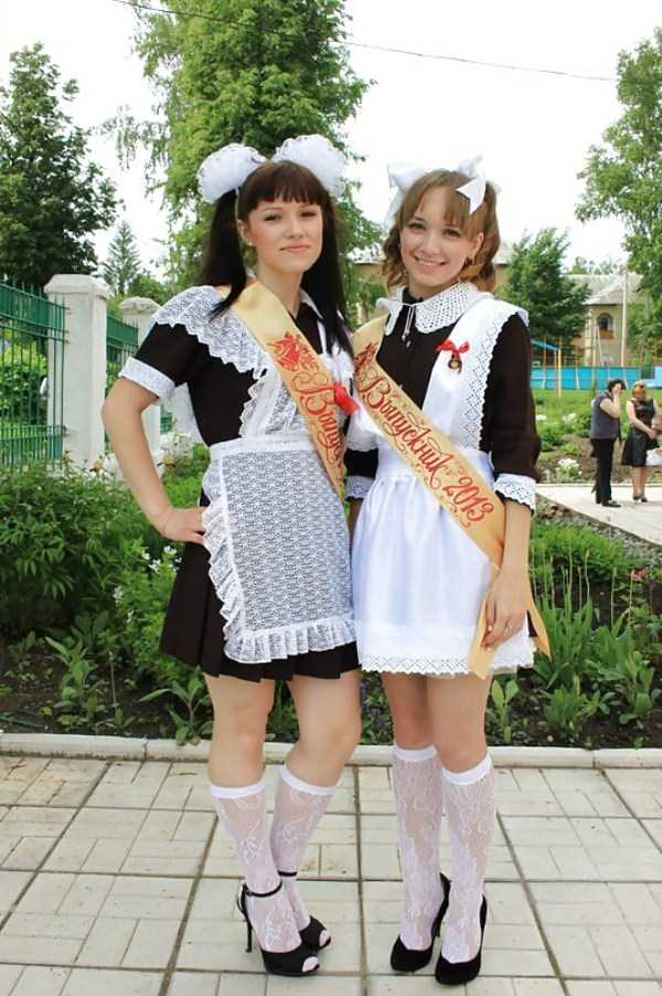 cute-russian-girls-in-sexy-school-uniforms (40)
