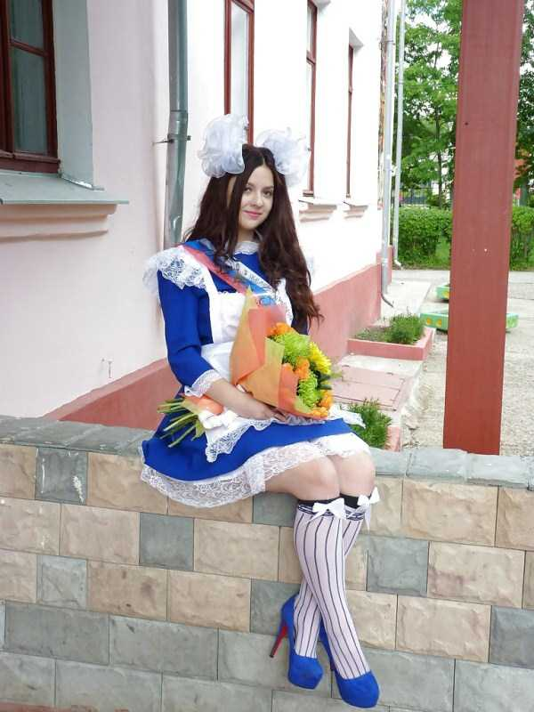 cute-russian-girls-in-sexy-school-uniforms (48)
