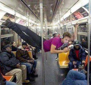 WTF Subway People (35 photos)