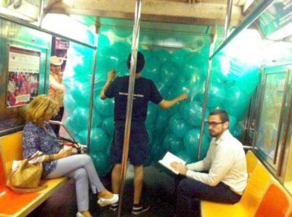 weird-strange-people-subway (10)