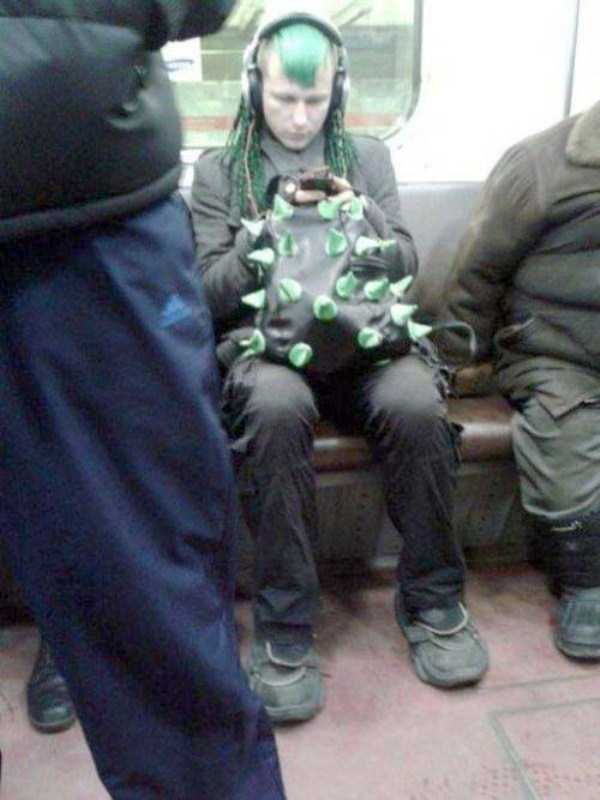 weird-strange-people-subway (12)