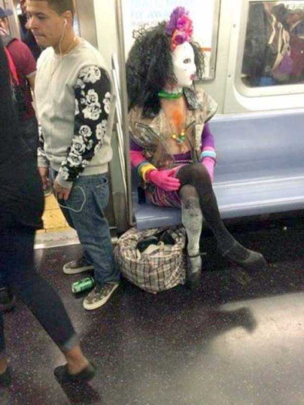 weird-strange-people-subway (13)