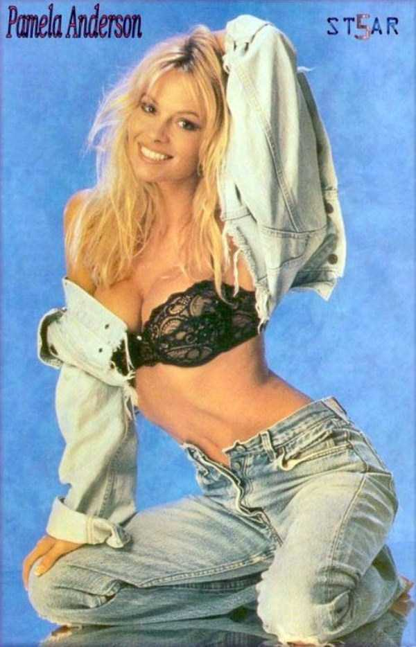 young-pamela-anderson-pictures (5)