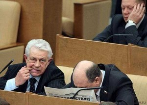 politicians-having-fun-russian-parliament (23)