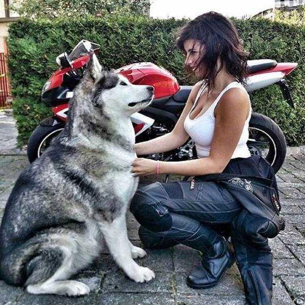 sexy-girls-on-bikes (55)